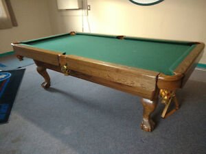 Solid Pool table