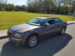 *CHRYSLER 300 LIMITED 2010**FULL**TOIT**BLUETOOTH**5995$*