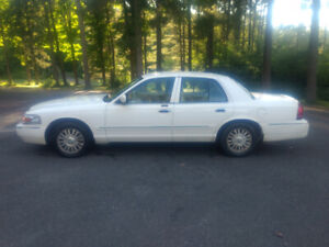 2006 Oldsmobile Grand Marquis Certified