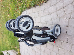 Stroller in very good condition $60 West Island Greater Montréal image 3