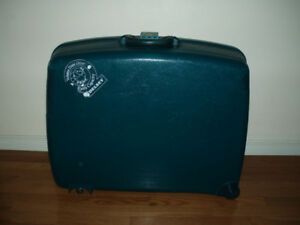 Vintage  Delsey / Carl Weill's  Hard Case  Luggage