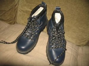 New Ladies Navy Blue Boots