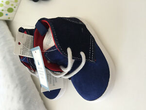 BNWT Baby Gap Shoes /Boots size 6-12 months