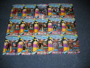14 Star Trek: Next Generation figures NEW in original package