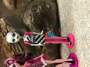 Monster High Dawn of the Dance Dolls Cambridge Kitchener Area image 4