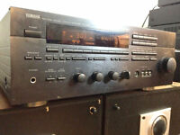 Yamaha RX V890 5.1 Channel 500 Watt Receiver With Remote Control