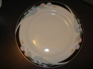 Caravel by Excel Luncheon Plates