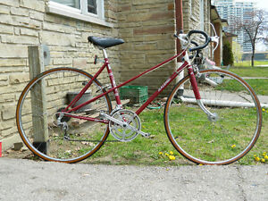 Raleigh Record Ace 10 Speed Road Bike