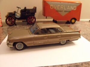 ANCIEN JOUET A FRICTION 1960 CADILLAC MADE IN JAPAN TIN