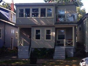 2 bedroom flat on sought after Allan street - July 1st
