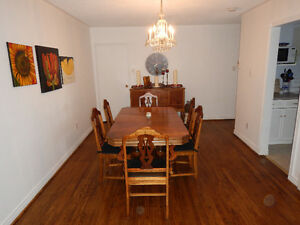 3 Bed 1.5 Bath townhouse Appleby Village, Burlington. Apr 15