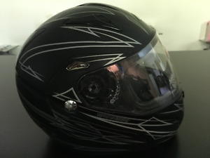 Zox Spirit Mens Large Motorcycle Helmet w Leather Neck