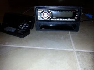 SONY indash CD/MP3 deck w/remote control
