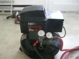Compresseur 135 LB 2HP 4 Gallon Proair 2