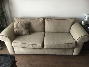 Big comfortable couch and matching chairs! Great deal!
