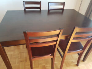 Simple but beautiful dining set for sale