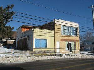 802, 804 & 806 Ottawa Street - Royal LePage Landry's