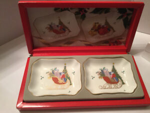 Mikasa Christmas Cheer Candy Dishes FX033 New in box