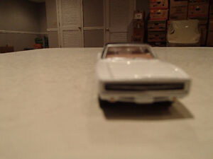 Loose Greenlight 1970 '70 DODGE CHARGER R/T MUSCLE CAR GARAGE SE Sarnia Sarnia Area image 7