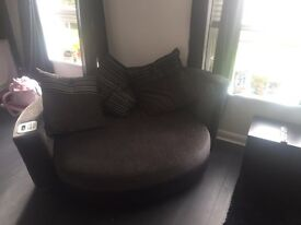 Perfect condition sofa with iPod dock and speakers