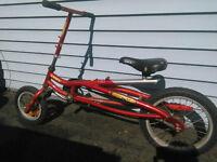 Vélo pour jeunes amusant