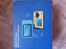 Dual screens waterproof camera