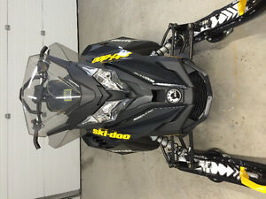 2014 Ski-Doo Renegade Backcountry w Electric Start