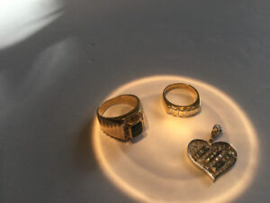 2 gold and diamond/emerald rings and diamond heart pendant