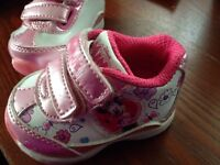 Size 1 Minnie Mouse sneakers