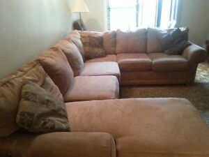 L Shaped Sofa Couch Super Comfortable....​