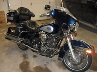 Harley Electra-Glide, must see to believe