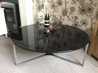 STYLISH BLACK GLOSSY COFFEE TABLE NEW AND BOXED