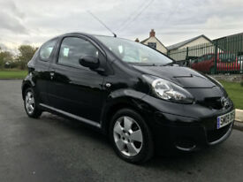 TOYOTA AYGO 1.0 vvt-i BLACK 44000 1 OWNER FSH FULL MOT VERY CLEAN CAR