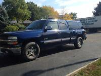 2000 Chevrolet Silverado 1500 Z71 4X4 Stepside Pickup Truck