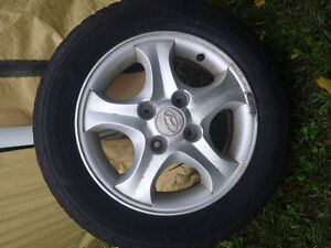 P195/60R15 with alloy rims Cornwall Ontario image 1