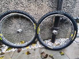 Mavic deemax wheelset 26""
