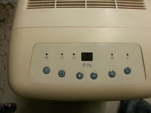 DANDY DEHUMIDIFIER