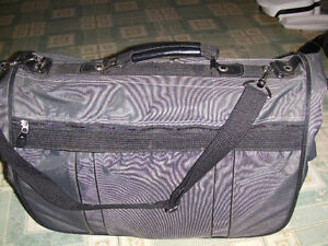 Delsey Roller bag, Garment bag and briefcase London Ontario image 2