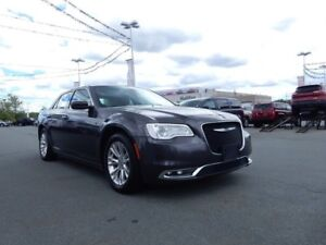2016 Chrysler 300 TOURING LOADED LOADED!!!  LOW KM!!!!!
