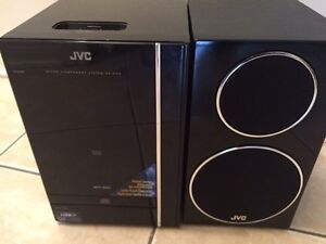 System de son Chaine JVC Tactile et Dockststion iphone, Ipod