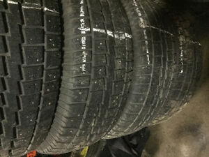 2 USED WEATHERMAX ARCTIC SUV WS318 TIRES 225/65/17