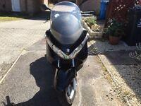 Suzuki Burgman 125cc scooter/moped/motorbike