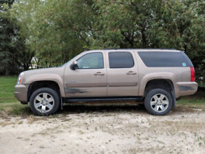 Wheelchair Accessible Yukon XL SLT