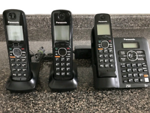 3 handsets Panasonic cordless phones with answering machine