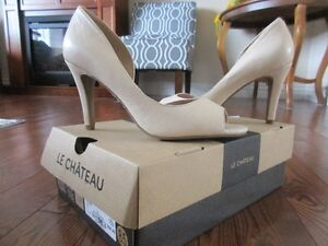 Le Chateau all leather nude colored heels
