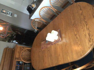 Solid oak dining table w/ buffet