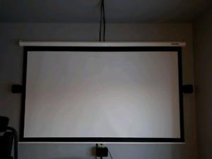 Projecteur et ecran de projection - Optoma GT730E