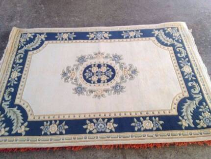 Hand Knotted Large Extra Thick Wool Floor Rug 203x279 Cm