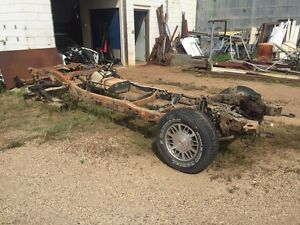 Chassis parts off a 2002 GMC Sonoma