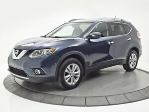 2014 Nissan Rogue SV AWD || TOIT PANORAMIQUE || SIEGES CHAUFFANT